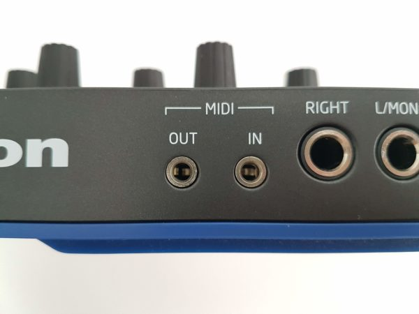 3.5 mm MIDI jack ports on a groovebox